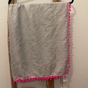 Hollister scarf NWT